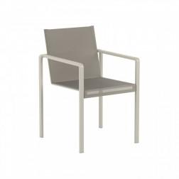 Royal Botania 2 Alura stoelen en 1 tafel Taboela 100cm. x 90cm.